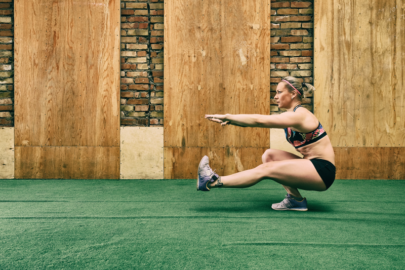 The Pistol Squat: How to Build the Strength, Flexibility and Mobility You Need for This Pose